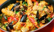Paella, Tortilla y Sangría: clases de cocina en Madrid