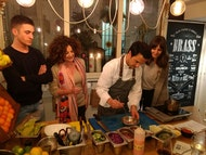 Clase de cocina nocturna con chef profesional en Bilbao