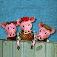 3 Little Pig Tails