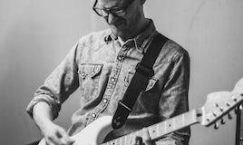 Learn to Play Like Hendrix!